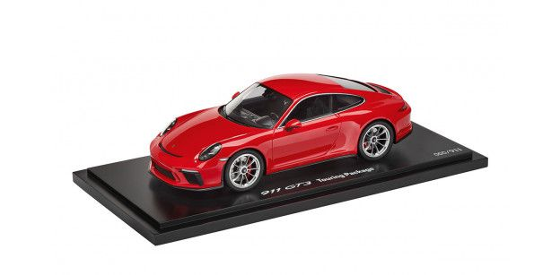 Macheta 911 GT3 Touring Package, guards red, 1:18, Limited Edition